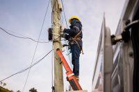 Llegó la red de fibra óptica de la SCPL a Astra y más de cien vecinos resultan beneficiados
