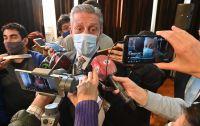 Arcioni anunció el pago de un bono extraordinario para todos los trabajadores estatales y jubilados de la Provincia