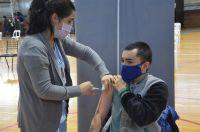 Del lunes 9 al miércoles 11 habrá vacunación para adolescentes de entre 12 y 17 años con condiciones priorizadas en el Huergo