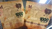 Los billetes con errores también cotizan por las nubes: Venden por $20.000 uno de mil pesos con una falla que pocos notarían