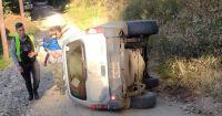 Insólito: A la mañana le entregaron el carnet de conducir y a la tarde volcó