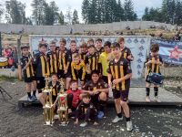 Fútbol: La categoría 2010 del Club Atlético Rada Tilly se trajo 2 copas del Patagonia Cup