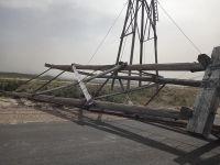 El viento produjo la caída de una de las torres históricas de Astra