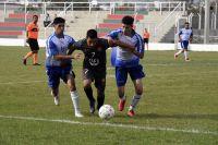 Fútbol local: Victoria de Universitario