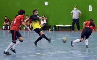 El futbol oficial femenino continúa esta noche