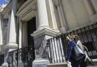Crece la emisión monetaria para auxiliar al Tesoro
